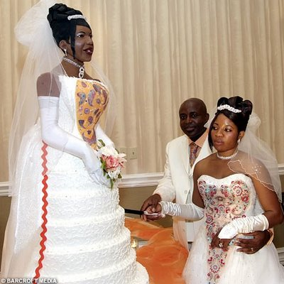 10 Wedding Cake Trends that I Wish Would Die Out!